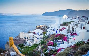 Things To Do In Santorini: City Tours