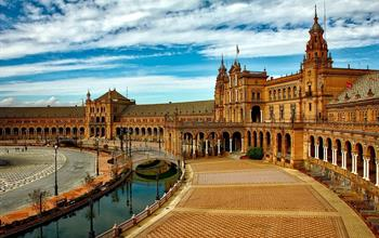 Things To Do In Sevilla: City Tours