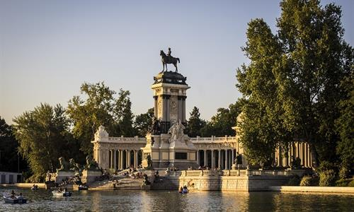 Enjoy nature on Madrid's many parks