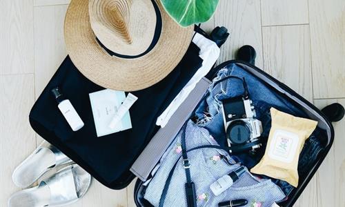 Asegúrate de empacar la ropa de temporada adecuada - Consejo de Tiqy