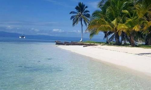 San Blas Islands Beach Near Panama City