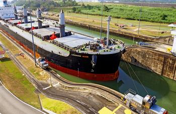 What are the Best Ways to See the Panama Canal?