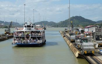 Things To Do In Panama: Panama Canal Tours