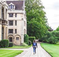 Walking Tours In England