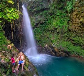 2-Hour Horseback Riding to Oropendola Waterfall