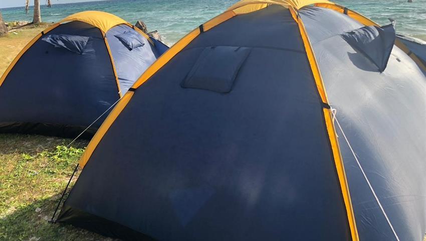 Camping, Tour de 2 Noches y 3 Días de Camping en Cayos Limones desde la Ciudad de Panamá