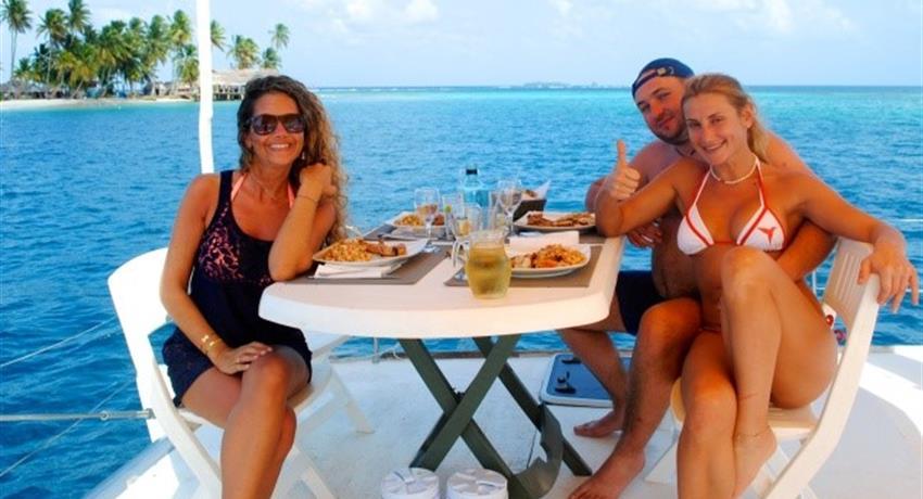 SAILINGTOURINSANBLASFROMPANAMA2, 3 Day 3 Night Sailing Tour In San Blas From Panama City By Plane