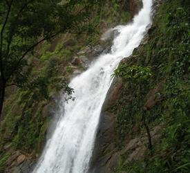 4-Hour Bijagual Waterfall Tour