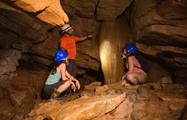 Cave, 4 Horas de Exploración de Cuevas