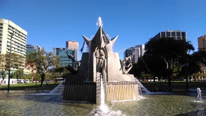 Adelaide City and Hahndorf river fountain, Adelaide City and Hahndorf Half Day Morning Tours