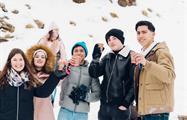 Sierra Nevada hot chocolate with friends, Adventure Day Trip in Sierra Nevada