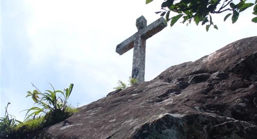 Cerro de la Cruz - Tiqy, Adventurous Hiking in La Cruz Hill