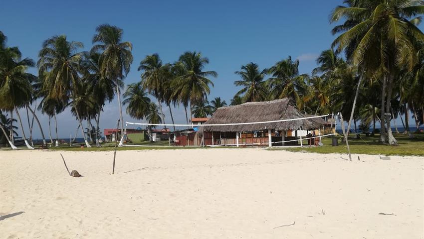 Aguja Island VolleyBall, Aguja Island Tour 1 Night / 2 Days