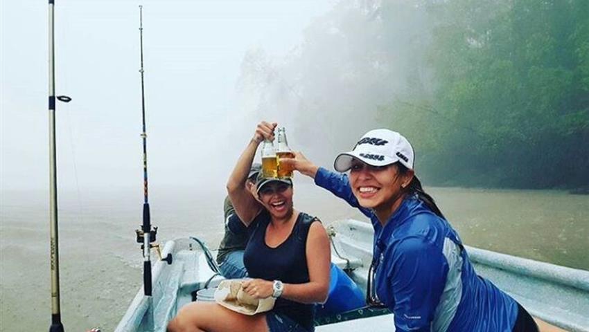 2, Pesca en Lago Bayano