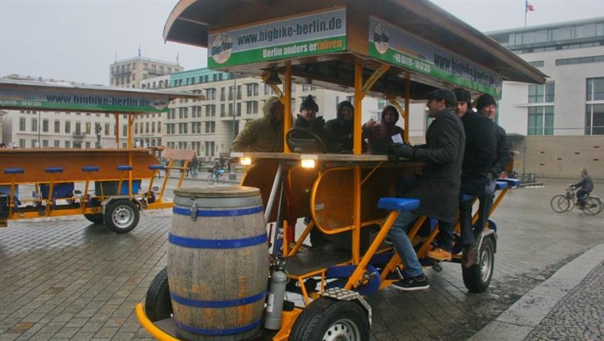 Beer Bike tour - Tiqy, Beer Bike Tour