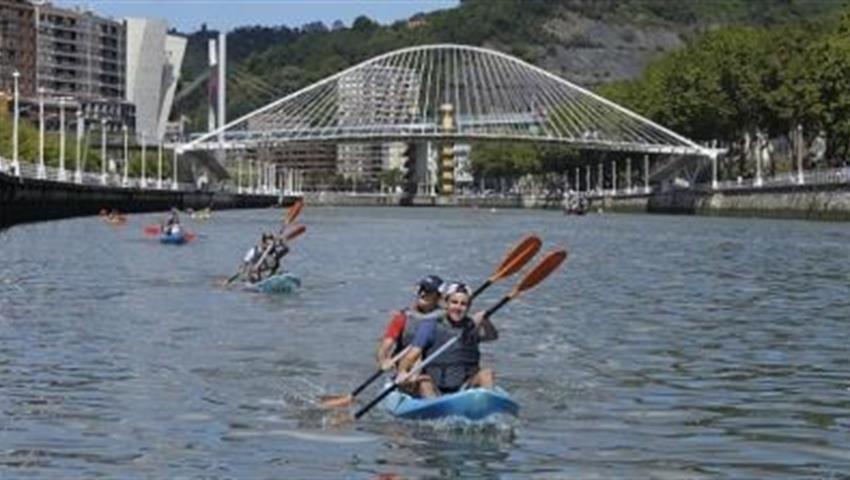 Bilbao in Canoe 2, Bilbao in Canoe