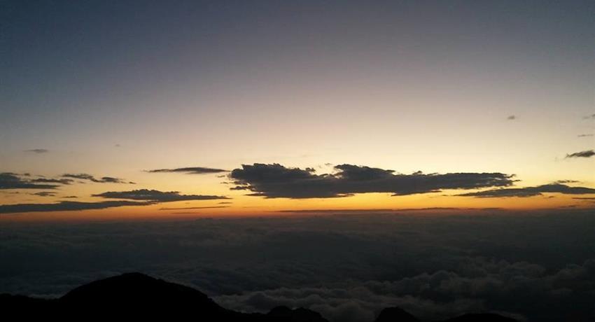 1, Tour to the Imposing Baru Volcano