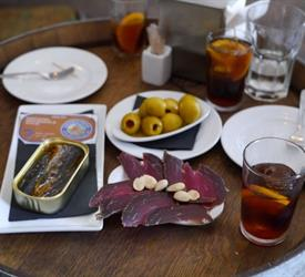 Born to Eat Tapas and Wine, Tapas Tours in Spain