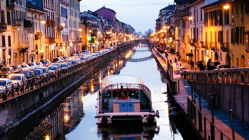 1, Canals, Art, Food and Wine Tour