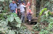 Woman Canopy Adventure Panama, Canopy Tour in Anton Valley from Beach Hotels