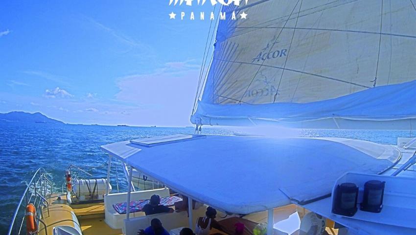 6, Catamaran All Inclusive to Taboga - Lunch