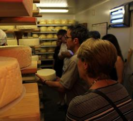Cheese and Vineyard Tour