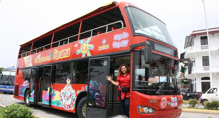 City Tour and Canal Route casco antiguo, Tour en autobús turístico en la ciudad de Panamá