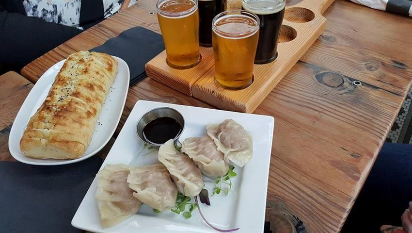Food Tour, Craft Beer and Bites Tour