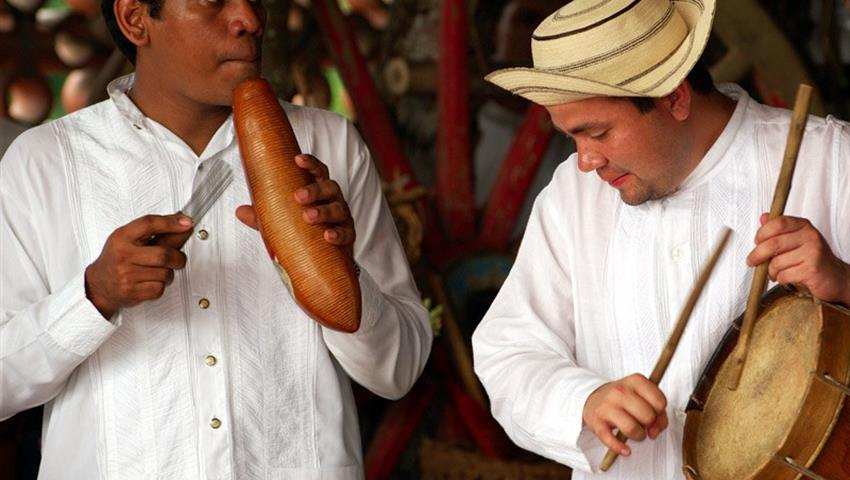 1, Panama's Culture & Folklore Tour