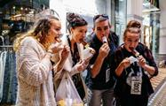 Cupcake and Dessert Walking Tour people eating, Cupcake and Dessert Walking Tour