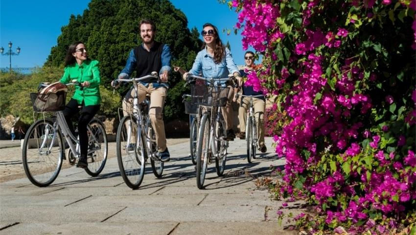 Daily Bike Tour people, Daily Bike Tour in Sevilla