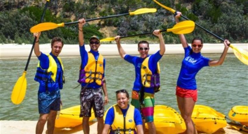group people tiqy, Kayak con Vistas a Delfínes