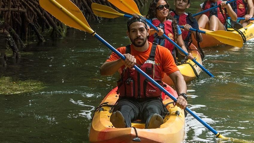 Bio Bay bioluminescent kayaking tour guy, Laguna Grande Bioluminescent Kayaking Tour