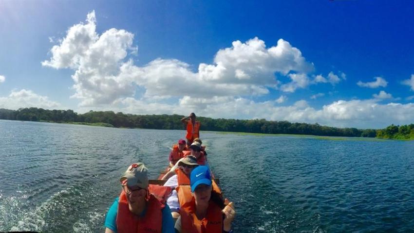 Embera 3, Tour de un día por la comunidad de Emberá desde la ciudad de Panamá