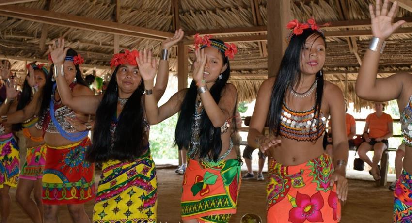 Embera Katuma 1, Emberá Katuma Community Tour from Panama City