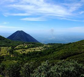 Roundtrip Cerro Verde National Park