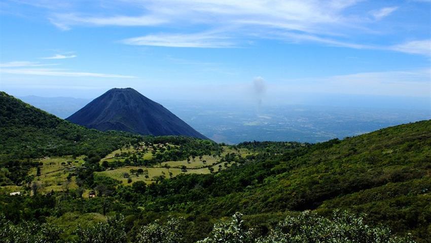 1, Roundtrip Cerro Verde National Park