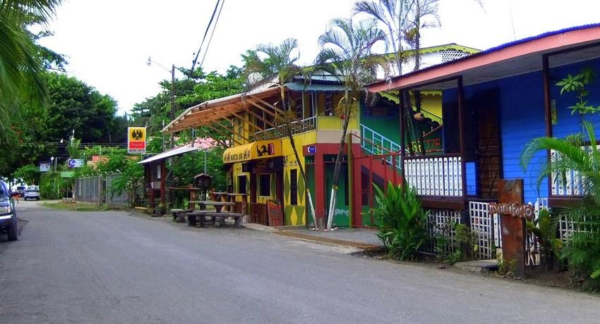 2, Cahuita Snorkeling and Rainforest Hike