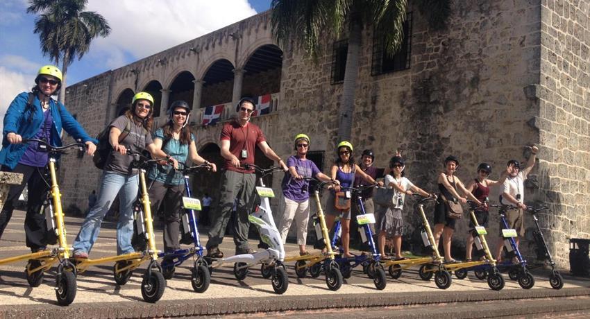 1, Santo Domingo Facebook Tour