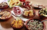 gourmet tapas for tasting - tiqy, Flamenco y Tour de Tapas de Noche