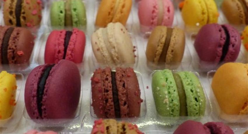 4, Food Tour Halles de Lyon