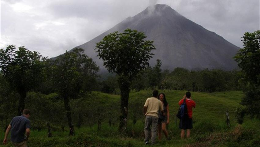 3, Arenal Volcano Hike Tour