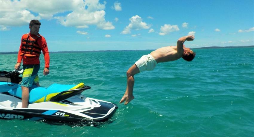man jumping tiqy, Fraser Explorer