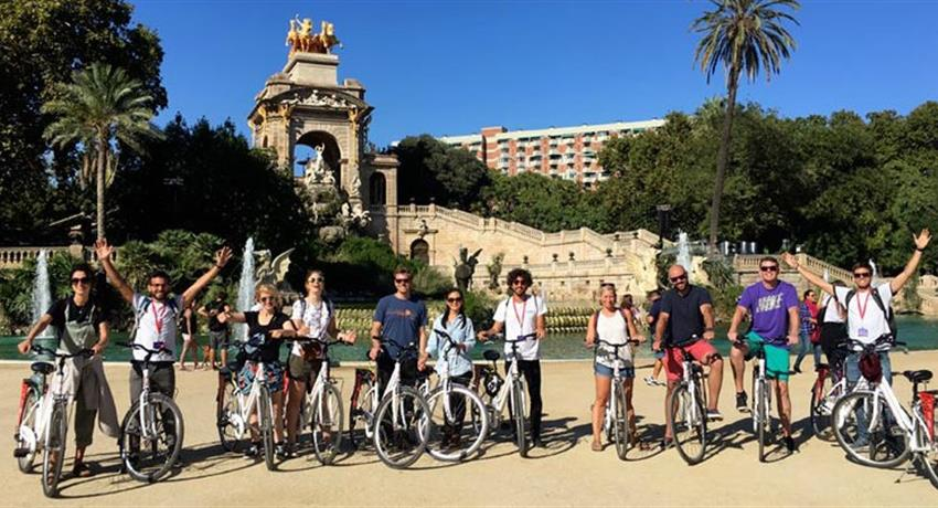 Group Picture, Free Bike Tour