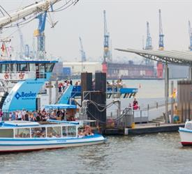 Free Tour Harbour, St. Pauli and Reeperbahn