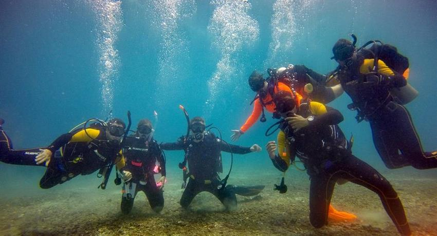 4, Full Day Scuba Tour