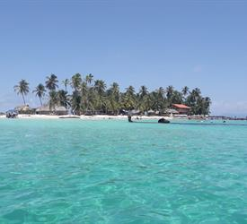 Full Day Tour in San Blas from Panama City