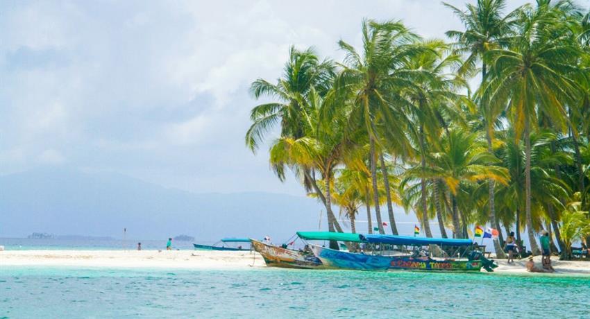 FULL DAY TOUR TO 3 SAN BLAS #1, Full Day tour to 3 San Blas islands from Port Carti
