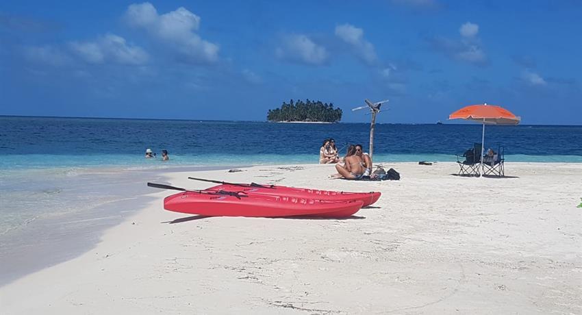 San Blas 3, Full Day Tour to 4 San Blas Islands with Snorkel, Kayak and Paddle Board