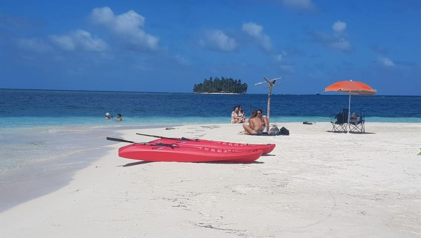 San Blas 3, Full Day Tour to 4 San Blas Islands with Snorkel, Kayak and Paddle Board